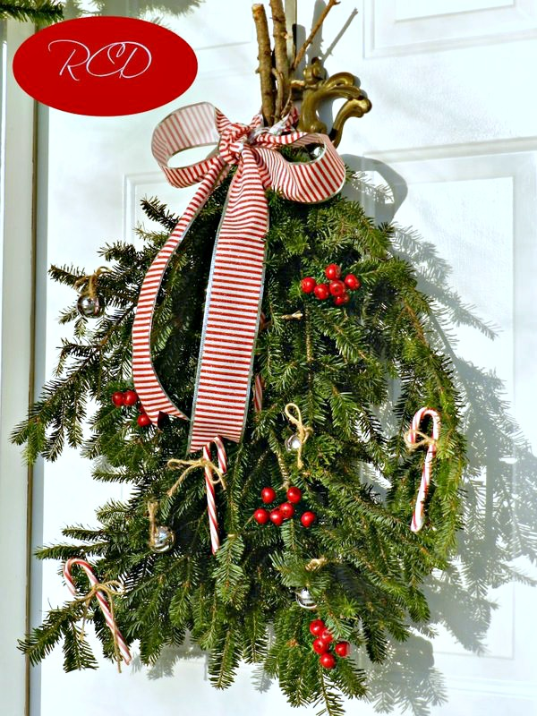 outdoor christmas decor redhead can decorate - Christmas Swag Decorations