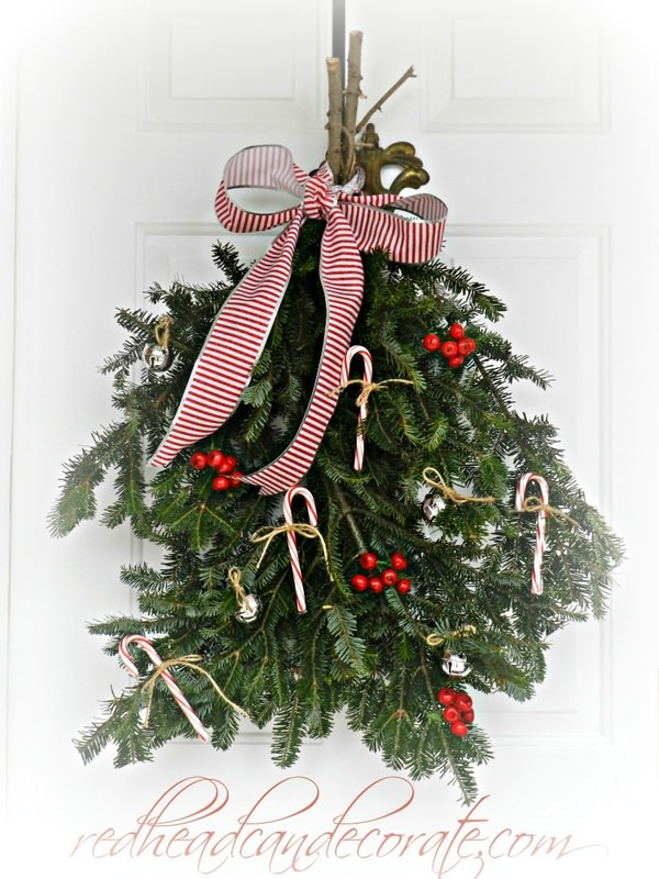 Easy Christmas Swag Wreath by Redheadcandecorate.com