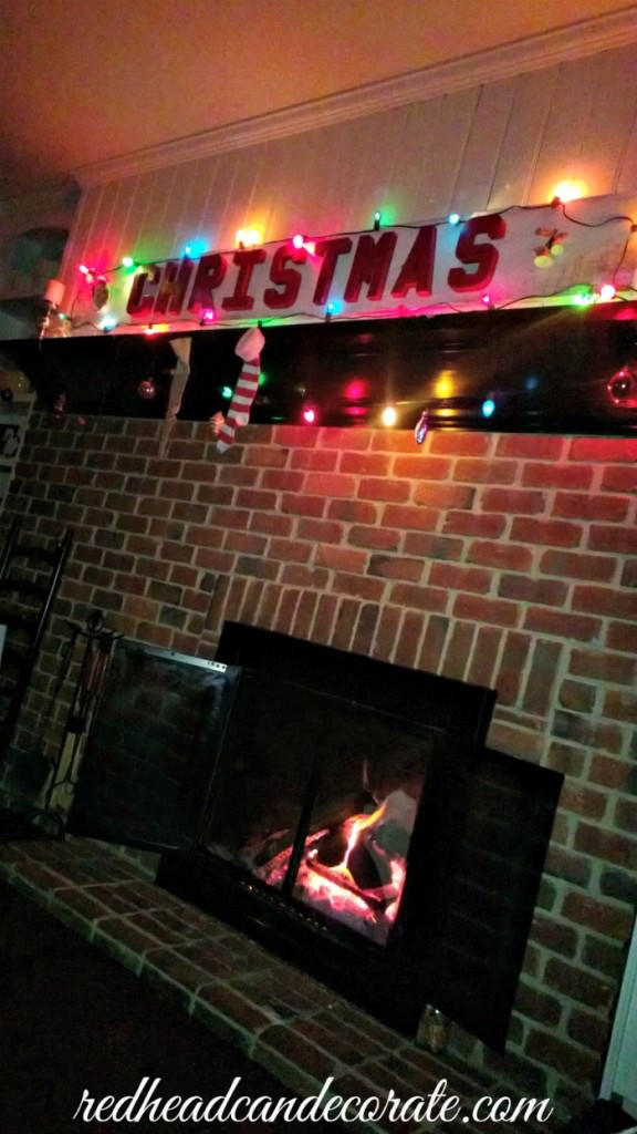 Christmas Vintage Sign by redheadcandecorate.com