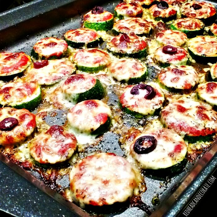 Zucchini Pizza Bites - Redhead Can Decorate