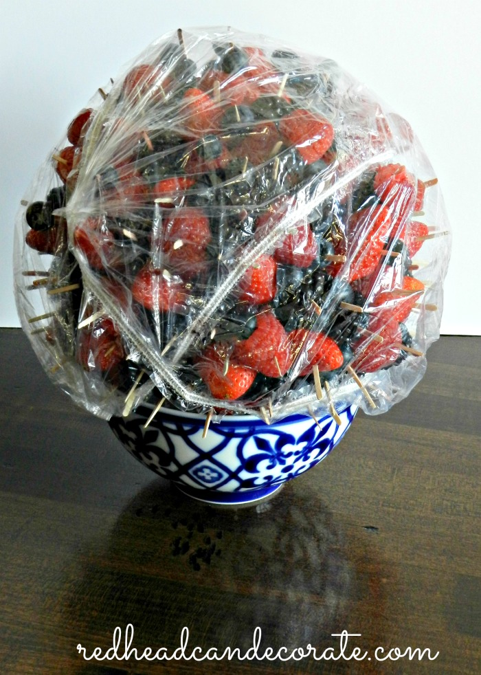 Make a Berry Part Ball a day before your party and store it like this..