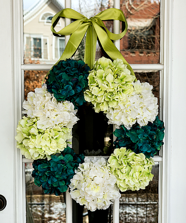 hydrangea-wreath-how-to-make