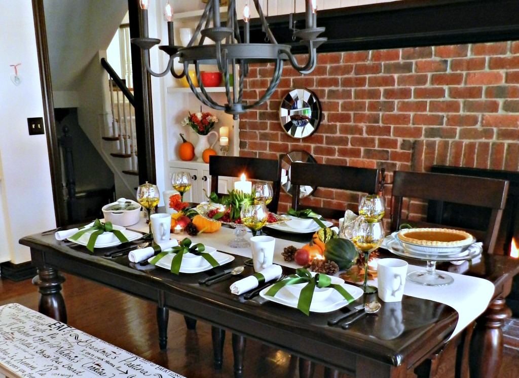 Beatiful Fall Harvest Table w: Corelle Dishes
