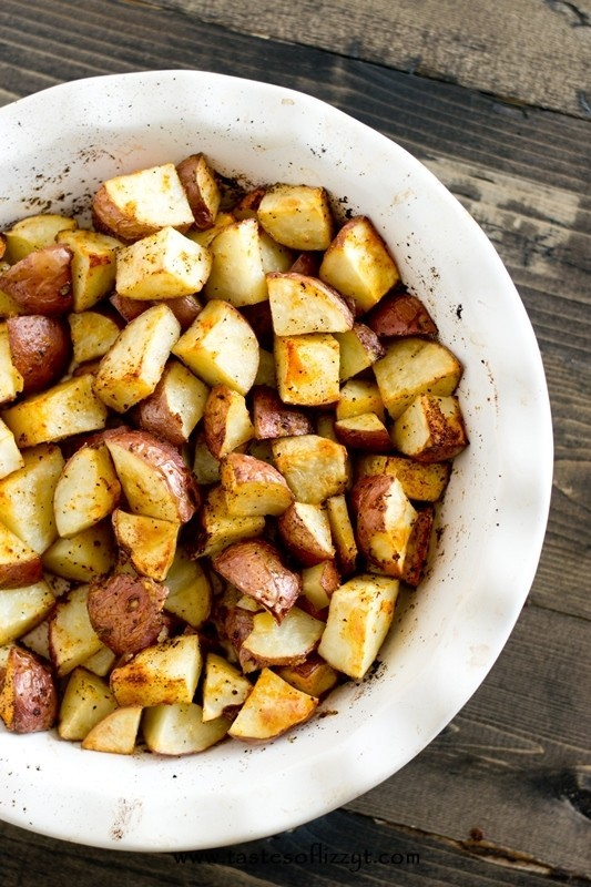 Easy-Oven-Roasted-Potatoes-Recipe-2