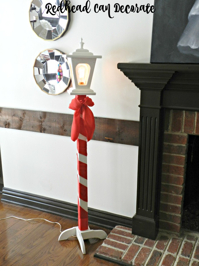 cute-christmas-light-post