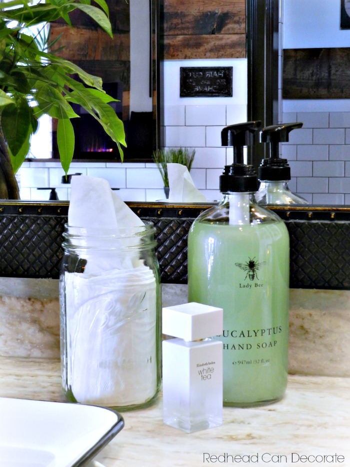 I can't believe I never thought about using a Mason Jar for a tissue dispenser before! This 5 Minute DIY Mason Jar Bathroom Tissue Dispenser is so cute and affordable!
