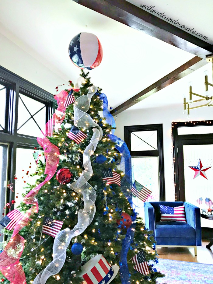 Patriotic Christmas Tree.Patriotic Christmas Tree Redhead Can Decorate