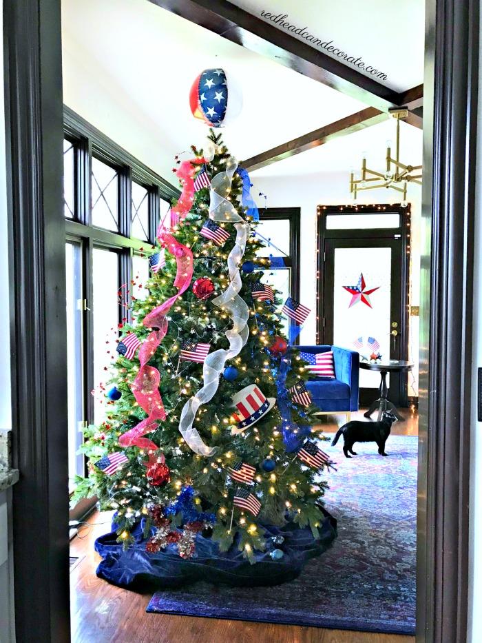 Patriotic Christmas.Patriotic Christmas Tree Redhead Can Decorate
