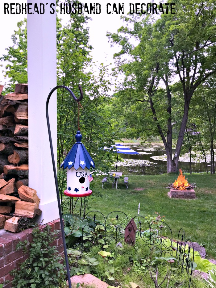This DIY Thrifty Patriotic Bird House Makeover is so cute and such a great idea for an old faded birdhouse.