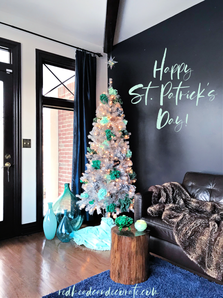 Simple Minty Green Scrunched Tissue Paper Tree